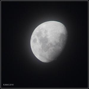 moon_18
